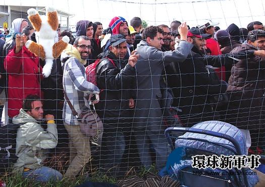 波兰一句话让世界恍悟:难民应参军解放祖国-机