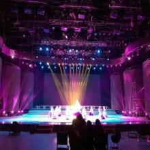 供兰州舞台灯光设备行业领先