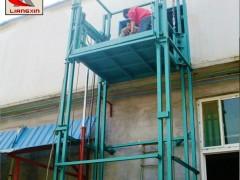 贵州贵阳导轨式运货平台 链条式货梯升降机