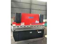 WC67Y-100T/3200液压板料折弯机厂家直销