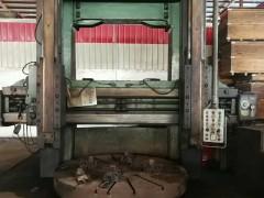 芜湖恒升2.5米双柱立车型号C5225-1