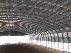 8米乘以700米的几字钢架一平方的价格